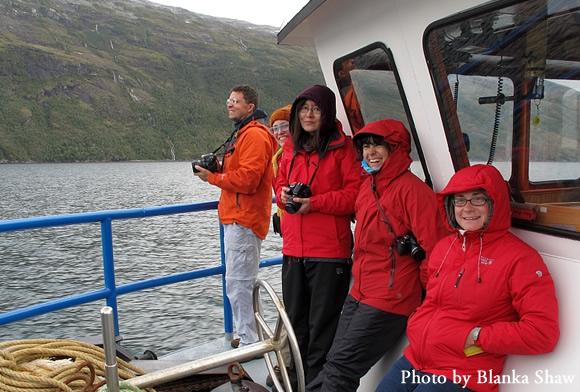 The team en route to Isla Hoste