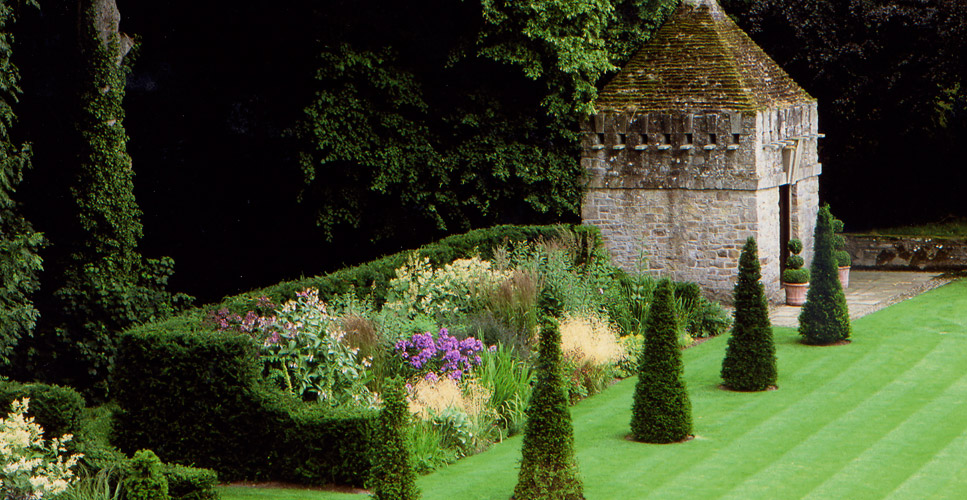 Tom Stuart Smith: Finding A Language For The Modern Garden