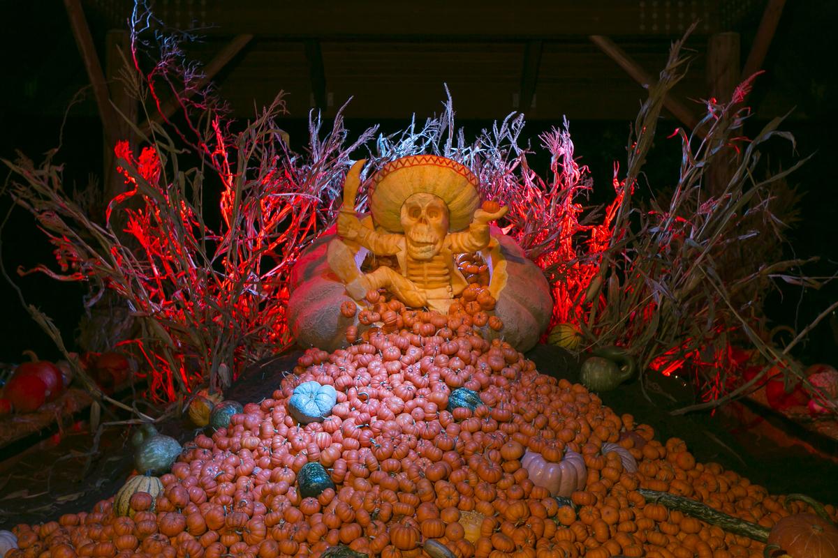 Ray Villafane Giant Pumpkin Carving La Calavera Oaxaqueña Ben Hider
