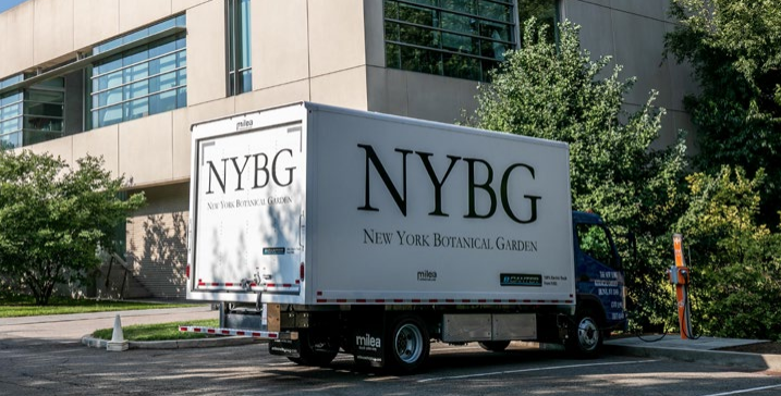 Photo of NYBG's electric truck