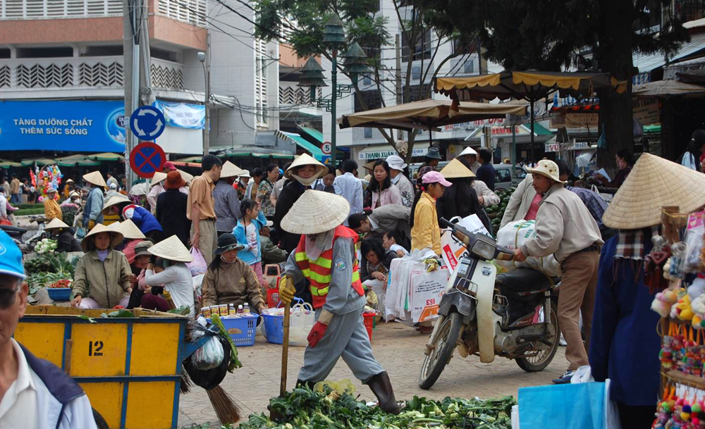 The market in Da Lat, Vietnam: the country's distinctive conical hats are made from a palm that Vietnamese call la non.