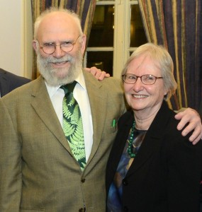 Dr. Oliver Sacks with the Garden's Patricia Holmgren, Ph.D.