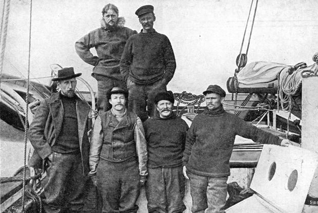 Photo of the Gjoa crew