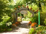 Everett Children's Garden entrance