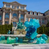 Photo of Chihuly's Blue PolyVitro in front of the Library Building