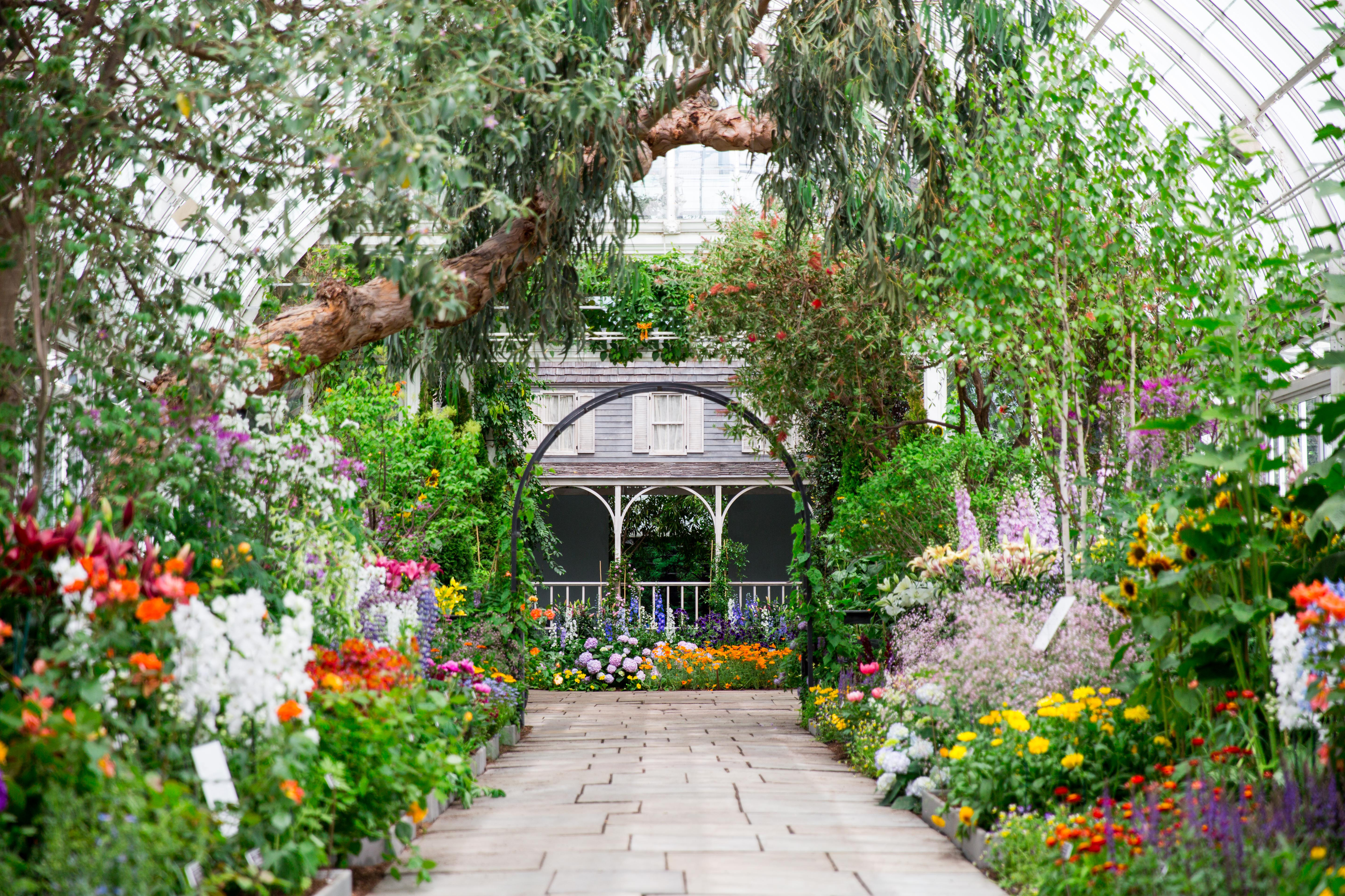 The Horticultural Inspiration Behind American Impressionism