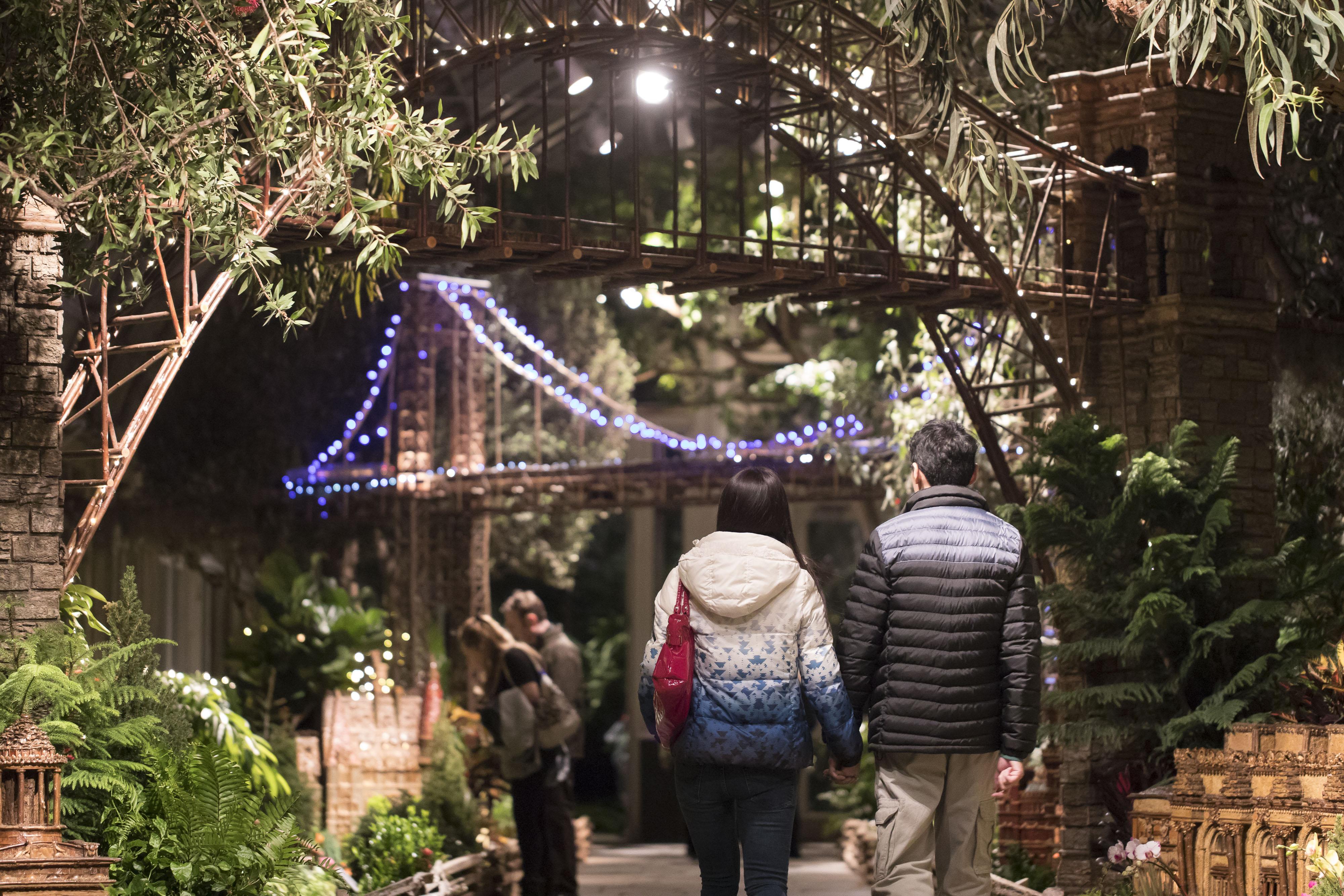 Bar Car Nights Image Gallery New York Botanical Garden - Botanical gardens train show bar car