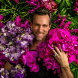 Photo of Jeff Leatham among flowers