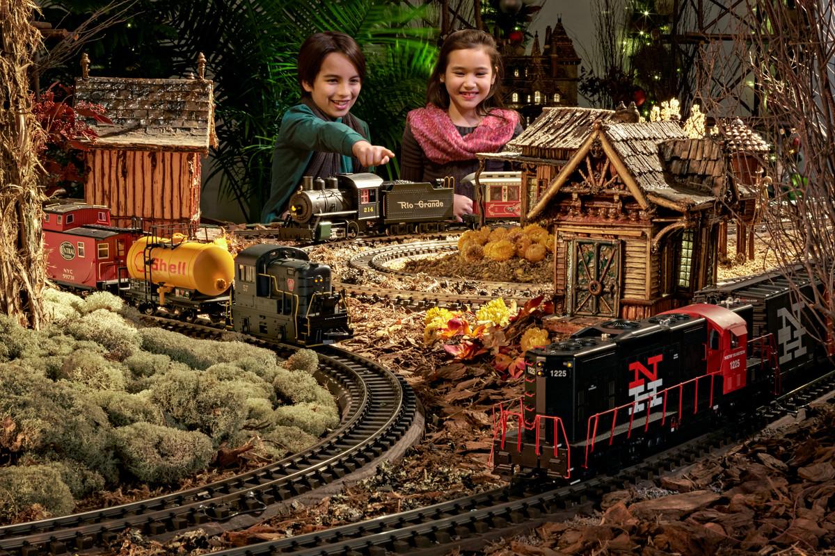 The new york botanical garden - New york botanical garden train show ...